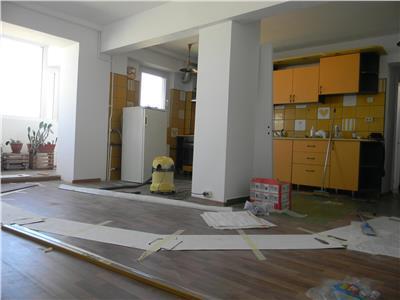 Apartament 3 camere Sos. Colentina - etaj 11/ 11